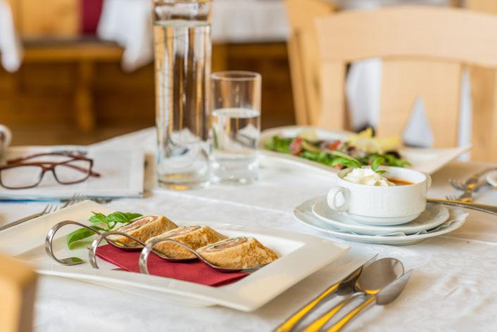 Hotel Berghof Suppe + Salat